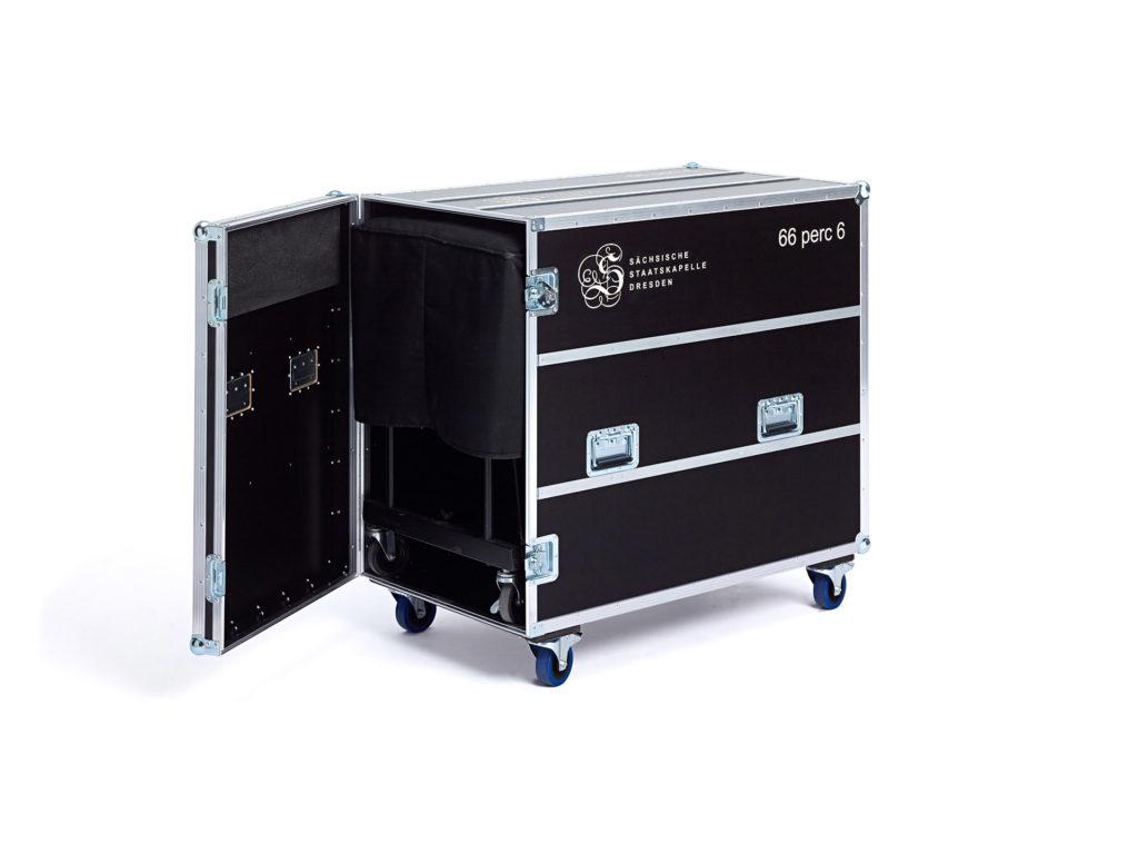 Flightcase-casebau_Showcase-1